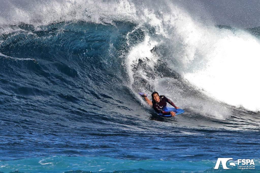 Alba Ramos Cuevas bodyboard